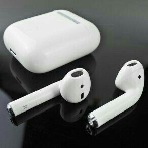 Apple Airpods With Wireless Charger Case White 2020 Offers Now Available Hurry Up Iphone Wireless Earbuds Sweatproof Headphones