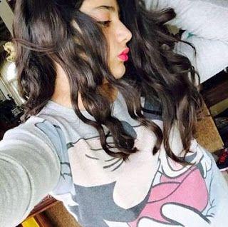 صورة ابنة نورمان أسعد من أيمن زيدان تثير الجدل T Shirts For Women Women Fashion