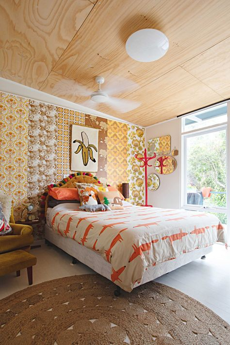 As you clean or re-arrange your bedroom, you can use Feng Shui to help get yourself in a relaxed state. Here's how a few adjustments to your space can affect your flow, and your peace of mind, according to a Feng Shui Master.