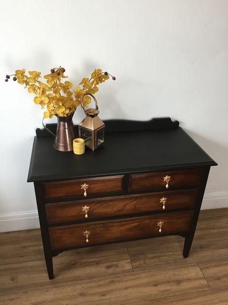 Black And Dark Wood Chest Of Drawers With Vintage Gold Handles Vinterior En 2020 Muebles Comoda