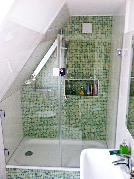 Begehbare Dusche Dachschräge rahmenlose glanzglasdusche duschkabinen badezimmer