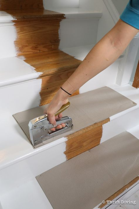 How to Install a Stair Runner - Staple down the rug pads with staples. Stair Rug Runner, Stair Rugs, Stair Runners, Rugs For Stairs, Rug Runners, Stair Runner Installation, Narrow Hallway Decorating, Diy Furniture Cheap, Staircase Makeover