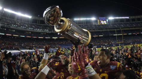 2015 Holiday Bowl, USC vs. Wisconsin: Date, time, location and...: 2015 Holiday Bowl, USC vs. Wisconsin: Date, time, location… #USCfootball