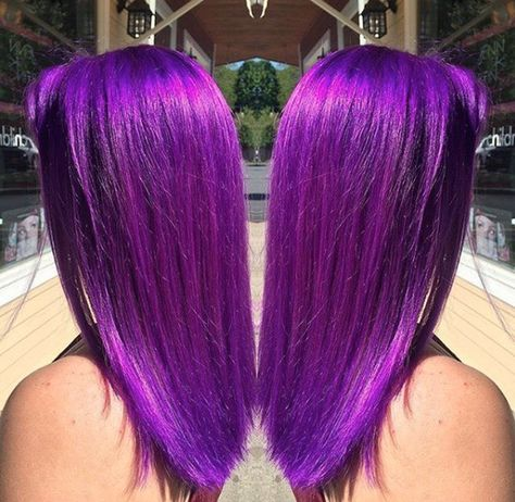 showing off that insane AF pigmentation Hair Dye Removal, Dyed Hair Men, High Fade Haircut, Black Hair Dye, Professional Hair Color, Arctic Fox Hair Color, Hair Shows, Mermaid Hair, Cool Hairstyles