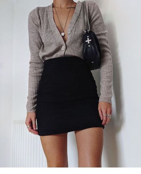 Very cute and hot fall outfit with skirt - Miladies.net