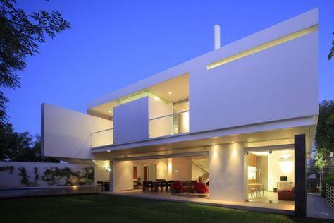 Maison contemporaine blanche au Mexique   decos   Maisons ...