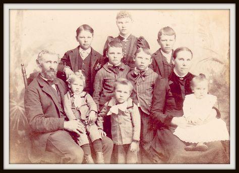 Gena's Genealogy: Studying Your Female Ancestors: Women History Month Resources 2015 #genealogy
