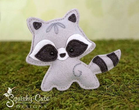 Raccoon Sewing Pattern PDF - Felt Baby Raccoon Ornament - Woodland Mobile Plushie Stuffed Animal - Roxy the Raccoon Baby - Instant Download