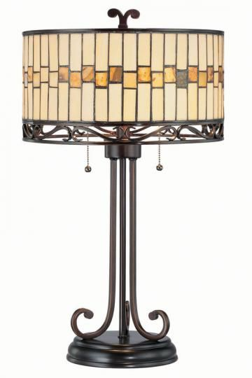 Really cool Tiffany lamp- I love this. It wouldn't fit my decor, but it's beautiful.
