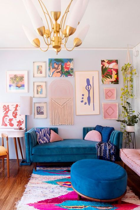 This cool California rental is bursting with color and DIY inspiration. decor inspiration A Cool California Rental Is Bursting with Color and DIY Inspiration Living Room Inspiration, Home Decor Inspiration, Decor Ideas, Color Inspiration, Interior Design Inspiration, Colourful Living Room, Blue Couch Living Room, Colorful Couch, Living Room Decor College