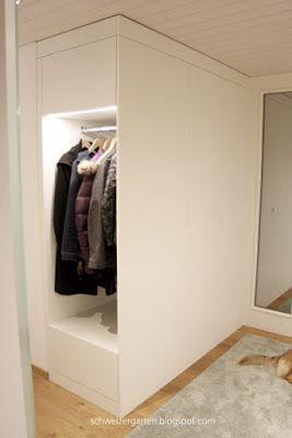Einbaumobel Garderobe Modern Weisse Grifflose Fronten Tipon