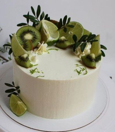 70 Super Ideas For Fruit Design Ideas Kiwi Cake Toppings Savoury Cake Cake Desserts