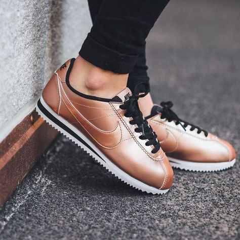 zapatillas de mujer nike cortez