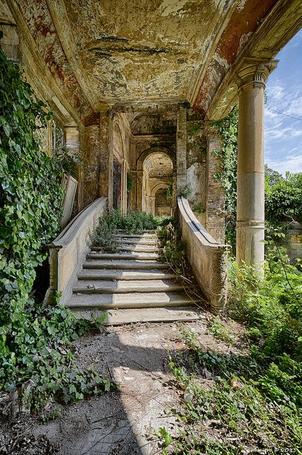 Newest Absolutely Free Therme del C. HDR Therme del C. - Care - Skin care , beauty ideas and skin care tips Nature Aesthetic, Travel Aesthetic, Abandoned Buildings, Abandoned Places, Abandoned Castles, Haunted Places, Abandoned Mansions, Beautiful Ruins, Beautiful Places