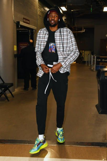 Kevin Durant Of The Golden State Warriors Arrives At The Arena Before Nba Fashion Kevin Durant Mens Street Style