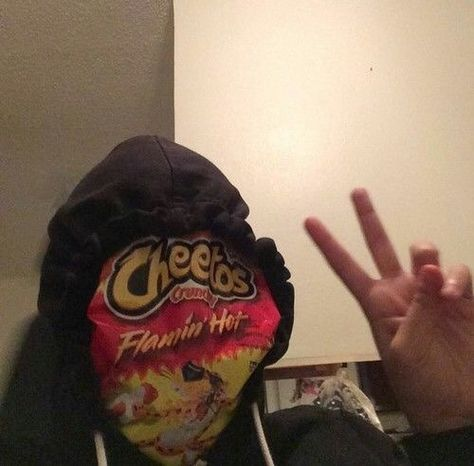i keep eating hot cheetos for breakfast like my stomach isn't gonna hurt by second period 𝙖𝙣𝙣𝙞⚡️