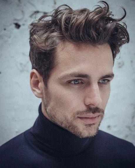Medium Hair Cut For Men With Wavy Hair