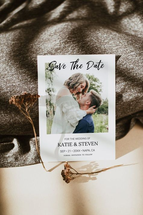 This printable and electronic minimal calendar photo save the date invitation design is the perfect way to announce your exciting day, which is perfect for any modern wedding celebration. Use our invitation templates to make your home computer to easy customize and print your own wedding