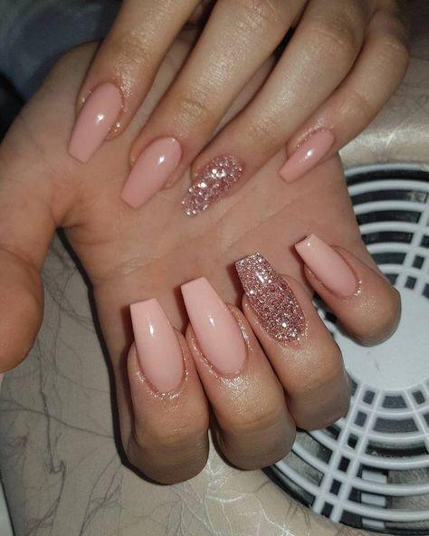 nails - Pastel garden rose med blandat glitter 😍fashionnails gelenaglarstockholm g , blandat fashionnails garden gelenaglarstockholm glitter pastel, CoffinNails, Coffin Nails,