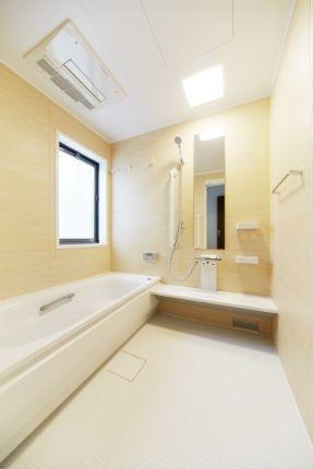 施工事例 浴室 お風呂リフォーム 木目の質感が美しいプラナス