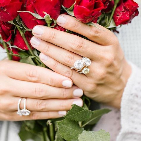 Roses are red, violets are blue, we love diamonds, how about you? 🌹⠀