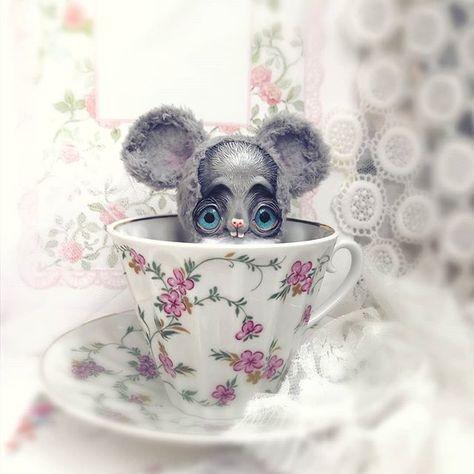 то ли чаю выпить то ли застрелиться