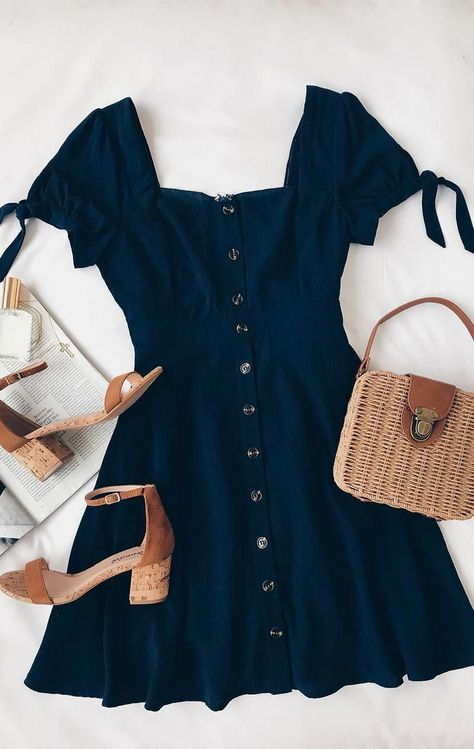 Chances Are Navy Blue Skater Dress - fashion ♥ - Best Of Women Outfits Komplette Outfits, Teen Fashion Outfits, Cute Casual Outfits, Look Fashion, Pretty Outfits, Stylish Outfits, Spring Outfits, Womens Fashion, Fashion Dresses