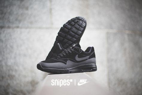 Die 56 besten Bilder zu All black everything.   Nike air