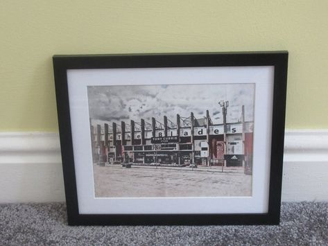 Sheffield United 'Blades' Print (in colour)