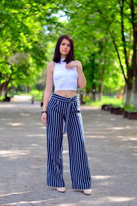 Como Vestir Con Pantalones Anchos Mujer Y Estilo Pantalones De Moda Pantalones Anchos Pantalones Estampados Outfits