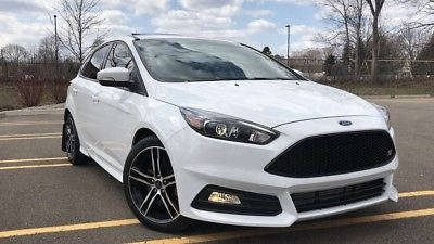 2016 Ford Focus St Hatchback 4 Door 2016 Ford Focus St White 2 0 Turbo Carbonfiber Edition St3 Low Miles Must S Ford Focus St Ford Focus Accessories Ford Focus
