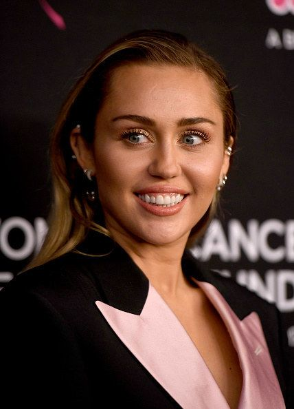 Which Female Celebrity Do You Look Like Miley Cyrus Celebrities Miley