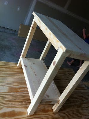The Quaint Cottage: DIY Simple End Table For Small Spaces   DIY Wood  Projects