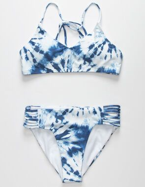 2020 Women Swimsuits Bikini Black And White Cut Out Swimsuit Blue Blue Beachwear Swimsuit Boutique One Piece G String Swimwear Cheap Swimsuits, Swimsuits For Teens, Women Swimsuits, Bathing Suits For Teens, Cute Bathing Suits, Summer Bathing Suits, Bikini Fitness, Beach Pink, Pink Summer