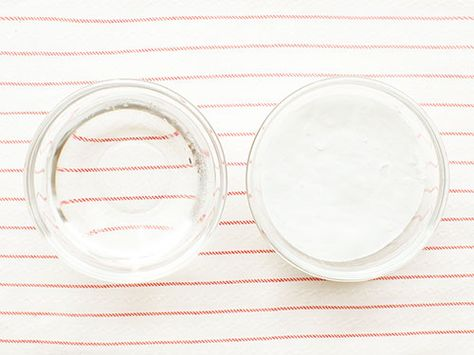 The cure for calloused feet? Just baking soda + water! #diy #beauty