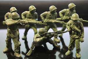 MARX 60mm ARMY MEN FOREST GREEN PLASTIC TOY SOLDIER VINTAGE 50's PLAYSET LOT #oldtoysandcollectables #vintage #toys #toysoldiers #playsets #military