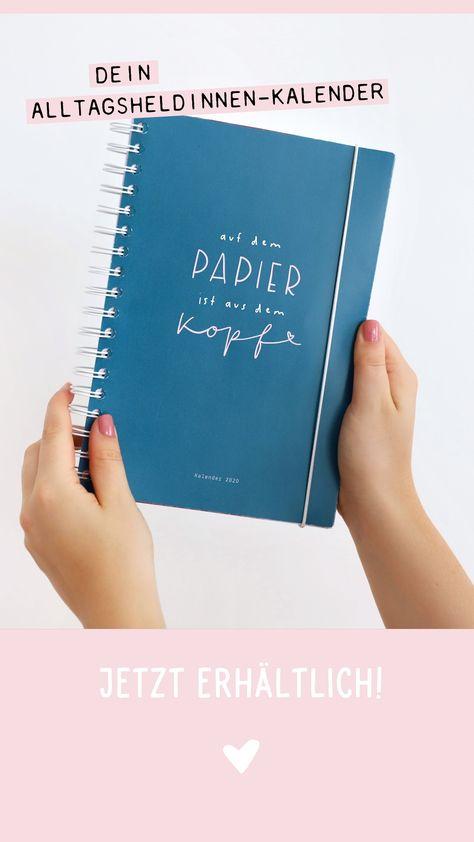 Unser Ringbuch-Alltagsheldinnenkalender ist die Stütze, die du bei deinen vielen alltäglichen Aufgaben brauchst. Er ordnet deine Gedanken und To-dos, hält sie für dich fest und hilft dir, dein Gedankenchaos aus dem Kopf aufs Papier zu bringen und in konkrete Pläne umzuwandeln.