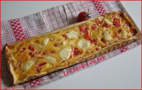 C'est tarte est tout simplement canon!! Je crois même ne pas en avoir mangé de light aussi bonne depuis trés longtemps!! J'ai piqué cette recette à Mathilde (et oui encore!!) mais son site est un vrai bijou, qui regorge d'idées simples, végétariennes...