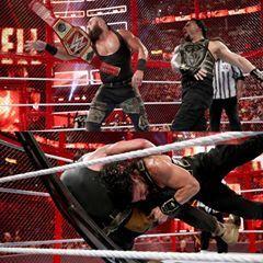 Roman Reigns Vs Braun Strowman At Hiac Photos صور مباراة رومان رينز ضد برون سترومان في هيل ان ذا سيل Roman Empire The Cell Romans