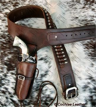 The Deputy buscadero gun rig is made by Cochise Leather Co