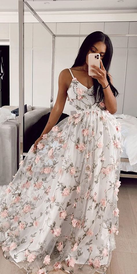 36 Ultra-Pretty Floral Wedding Dresses For Brides floral wedding dresses a line with spaghetti straps floral beach lurelly weddingforward wedding bride # Floral Prom Dress Long, Wedding Dress Black, Pretty Prom Dresses, Best Wedding Dresses, Unique Dresses, Ball Dresses, Beautiful Dresses, Evening Dresses, Ball Gowns Prom