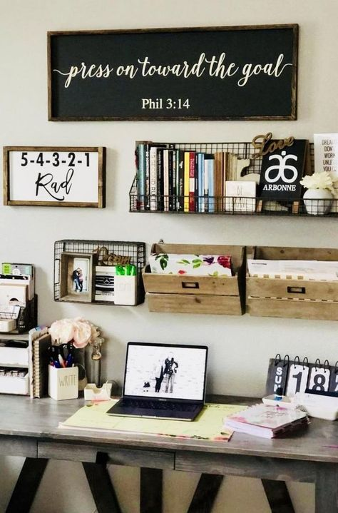 Home Office Space, Home Office Design, Home Office Decor, Small Office Decor, Rustic Office Decor, Work Desk Decor, Work Office Decorations, Home Office Shelves, Vintage Office Decor