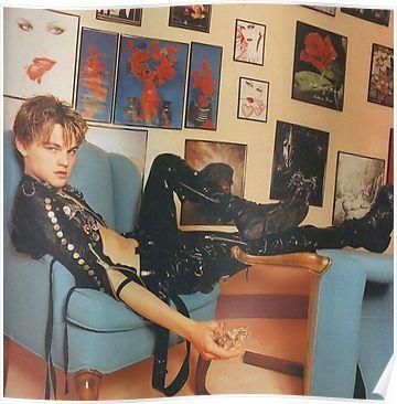 12 Bizarre Pictures of a Young Leonardo DiCaprio Photographed by David LaChapelle in 1995 David Lachapelle, Leonardo Dicapro, The Face Magazine, Pop Art Fashion, Trendy Fashion, Fashion Glamour, Punk Fashion, Young Leonardo Dicaprio, Johny Depp