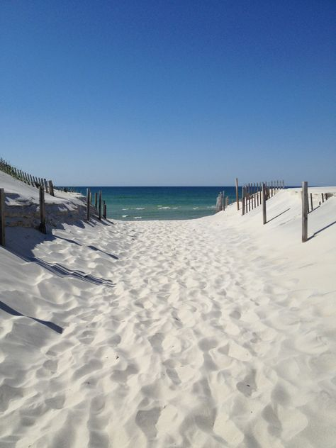 - seaside ocean meer strand beach water sand outside huts coast küste coastal travel relax - Urlaub Places To Travel, Places To Visit, Cape Cod Beaches, I Love The Beach, Beach Scenes, Ocean Beach, Sand Beach, Beach Walk, Beach Pictures
