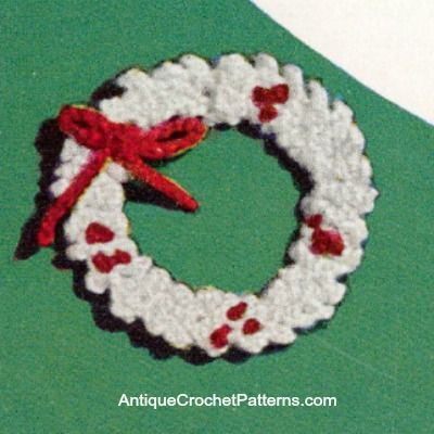 Crochet Wreath - Free Crochet Pattern - A crochet wreath can be added to your tree ornaments or attached to gifts to add holiday cheer. It is an excellent addition to any Christmas decorations you may already have around your home.