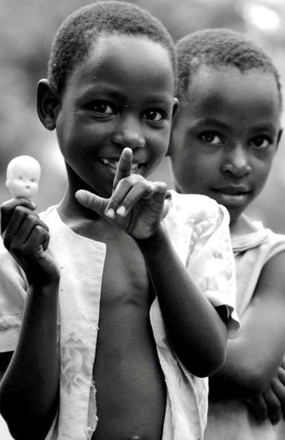 Children, Laughing Girls, Mumbai, India | www.photovalet