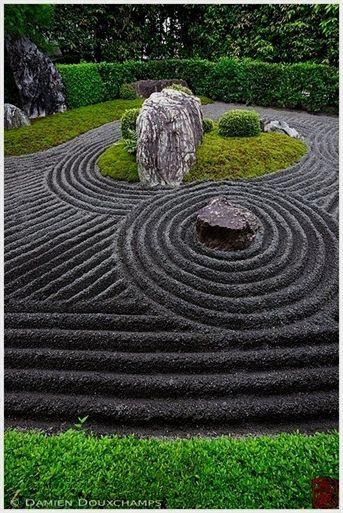 33 Calm And Peaceful Zen Garden Designs To Embrace Japanese Rock