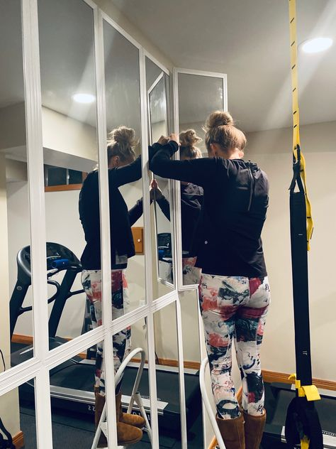 Home Gym Basement, Home Gym Garage, Diy Home Gym, Gym Room At Home, Home Gym Decor, Basement Ideas, Crossfit Garage Gym, Garage Ideas, Gym Mirror Wall