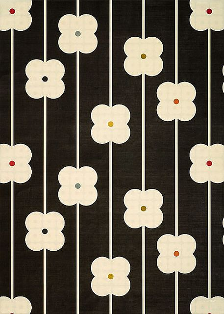 Orla Kiely wrapping paper -- so tempting. 60s Patterns, Pretty Patterns, Graphic Patterns, Flower Patterns, Flower Pattern Design, Motifs Textiles, Textile Patterns, Orla Kiely, Retro Pattern