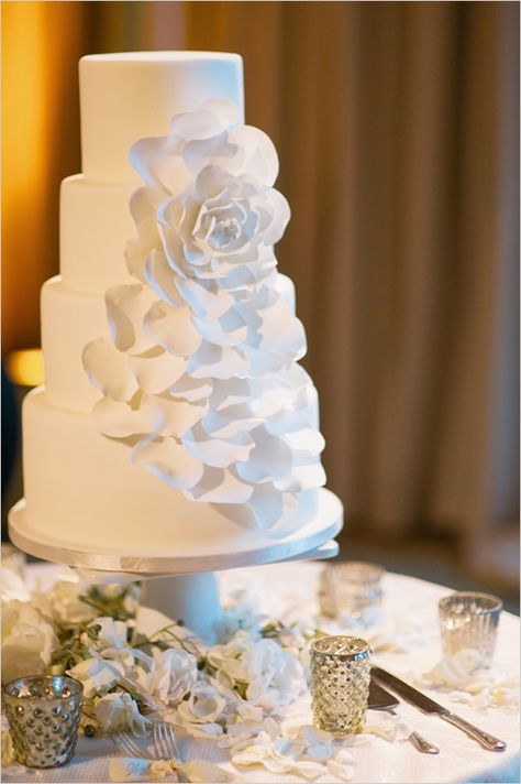 floral white wedding cake by mysweetandsaucy.com